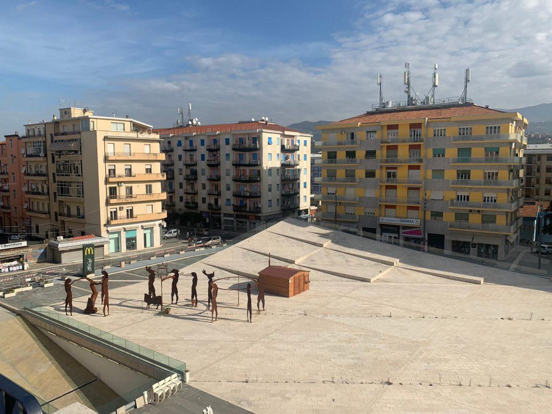 Piazze Covid-19: piazza Bilotti di Cosenza (VIDEO)