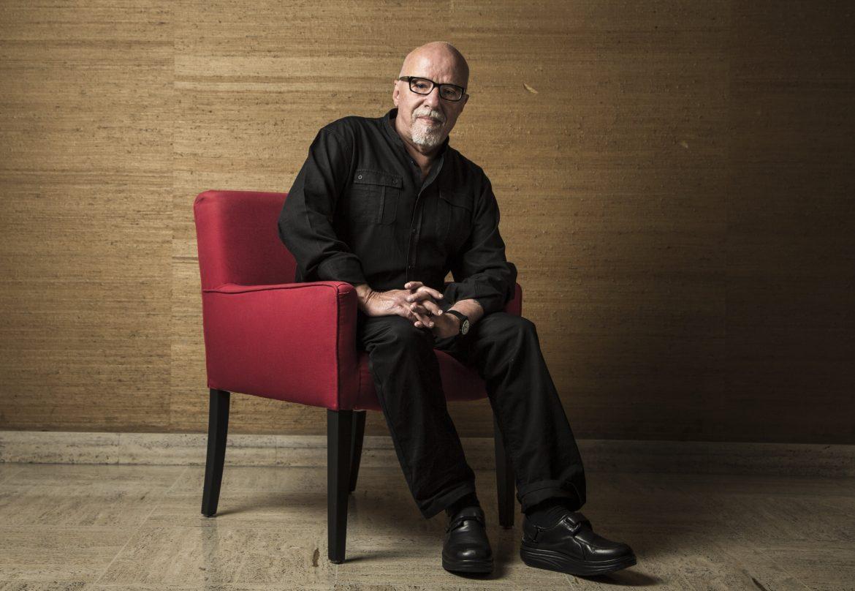 """""""L'Alchimista"""" di Paulo Coelho sul grande schermo con la regia di Frakes"""