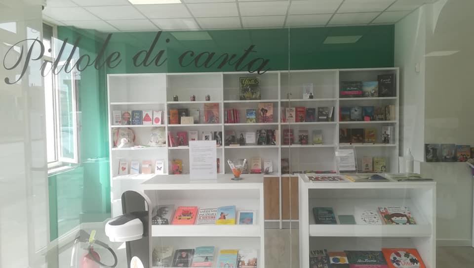 Farmacia letteraria vetrina