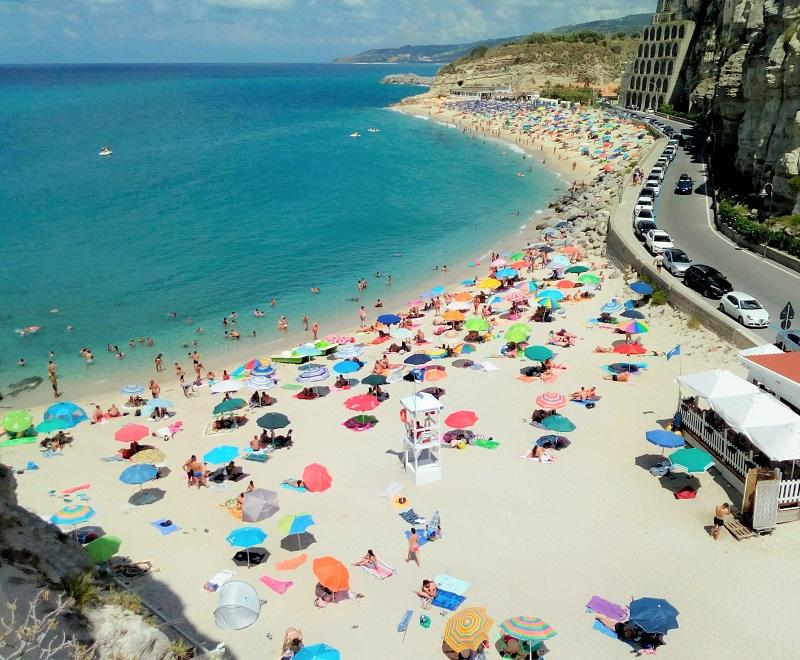 classifica Le 10 spiagge più belle d'Italia per l'estate 2021 GlicineGl