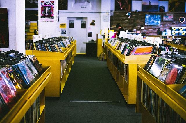 La riscossa del vinile, le sue vendite superano quelle del cd