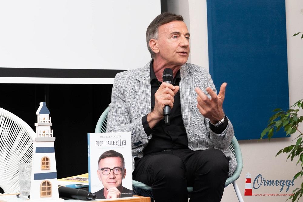 """Intervista a Michele Cucuzza, autore di """"Fuori dalle bolle"""""""